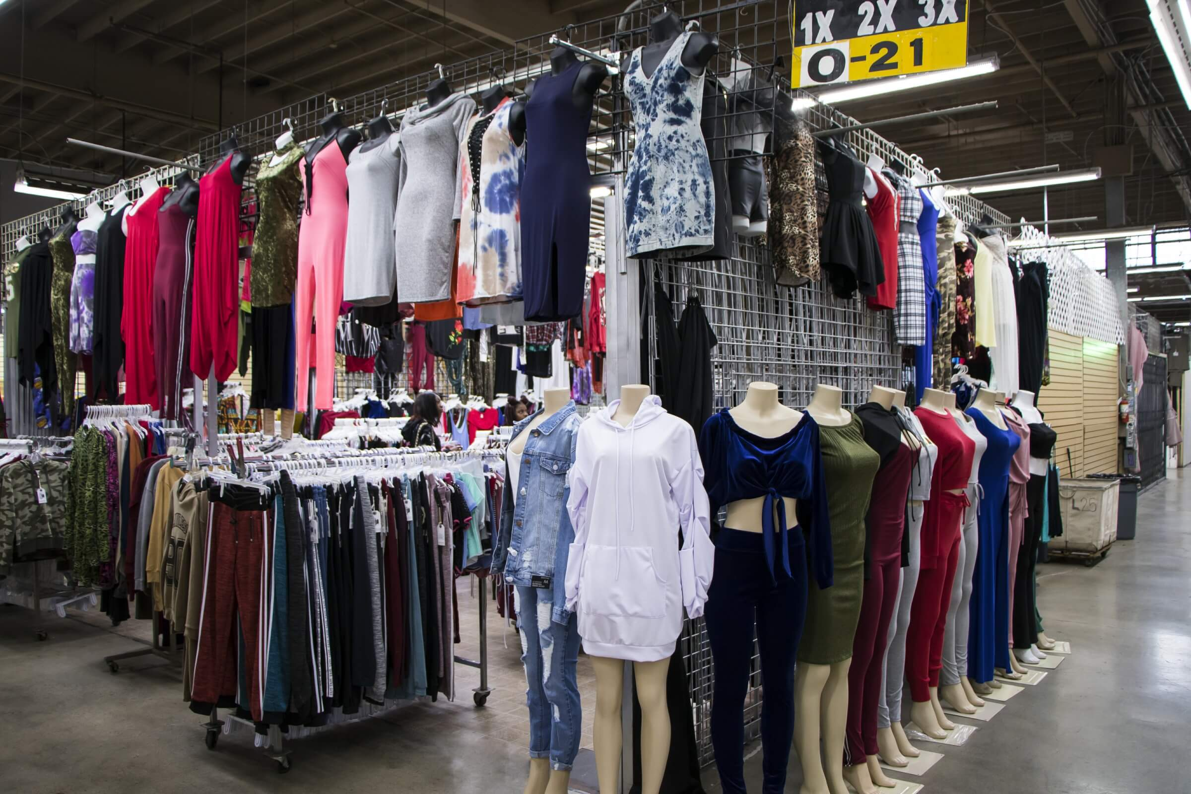 Ladies Clothing Stores in Los Angeles - Slauson Super Mall